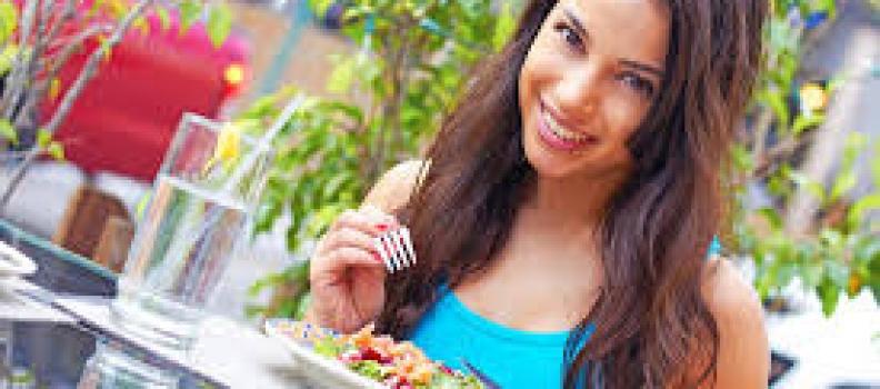 Nhịn ăn sáng dễ gây ung thư túi mật