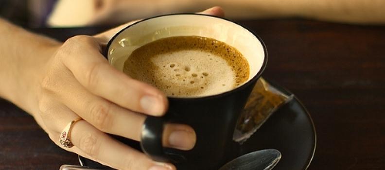 uống cafe mỗi ngày để giảm nguy cơ mắc ung thư gan